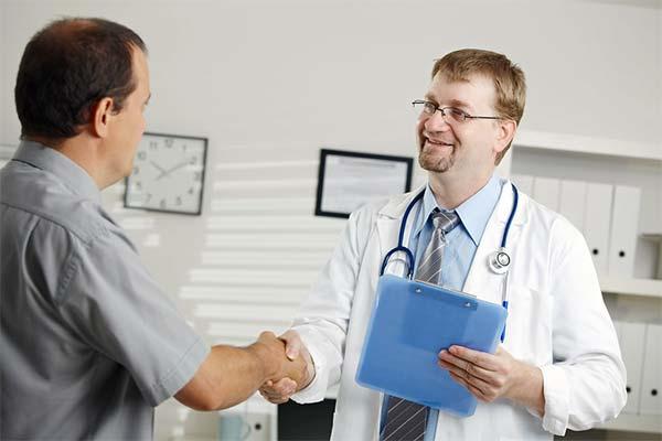 dokter atau Doktor